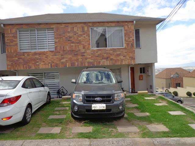 zion-inmobiliaria-casa-esquinera-carcelen-eloy-alfaro-frente
