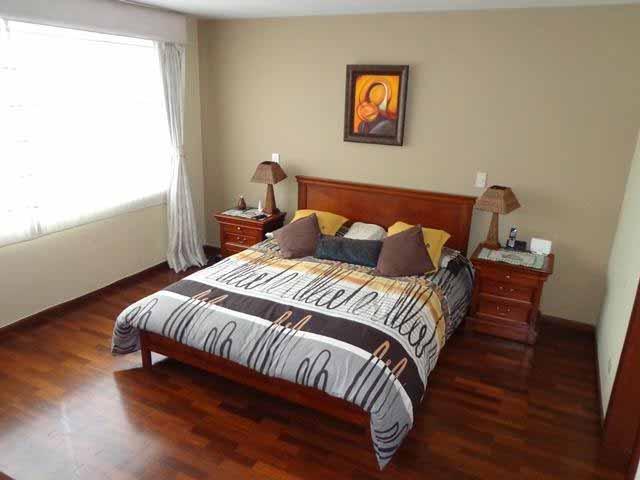 zion-inmobiliaria-casa-moderna-250-m-nayon-tanda-dormitorio