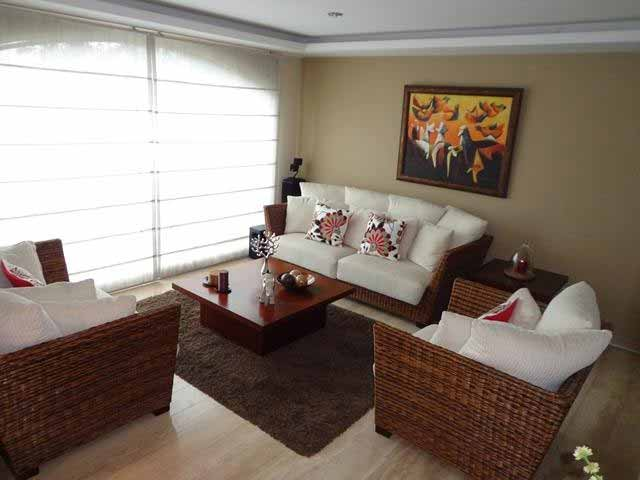 zion-inmobiliaria-casa-moderna-250-m-nayon-tanda-sala