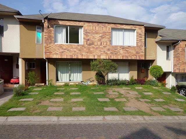 zion-inmobiliaria-casa-moderna-sector-carcelen-eloy-alfaro-frente